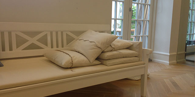 DRACHMANN DAYBED | PILLOWS